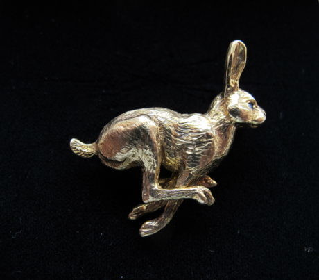 Harriet Glen 9ct Gold Running Hare Brooch