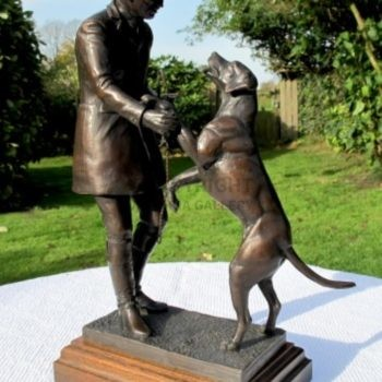 'Favourite Hound' by Juliet Cursham, SEA